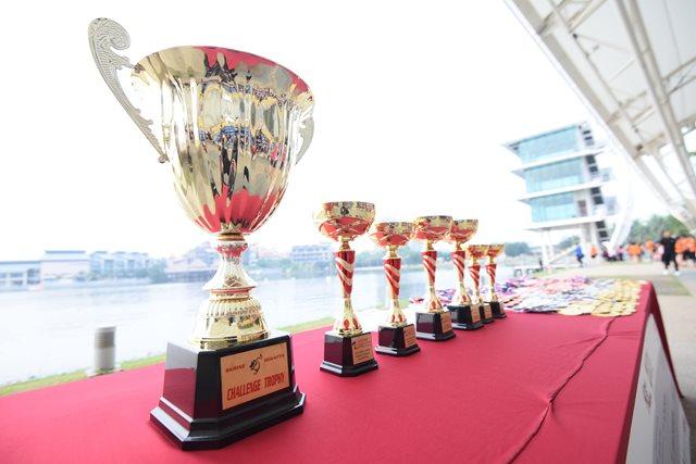 01-Champion-Trophies-min.JPG